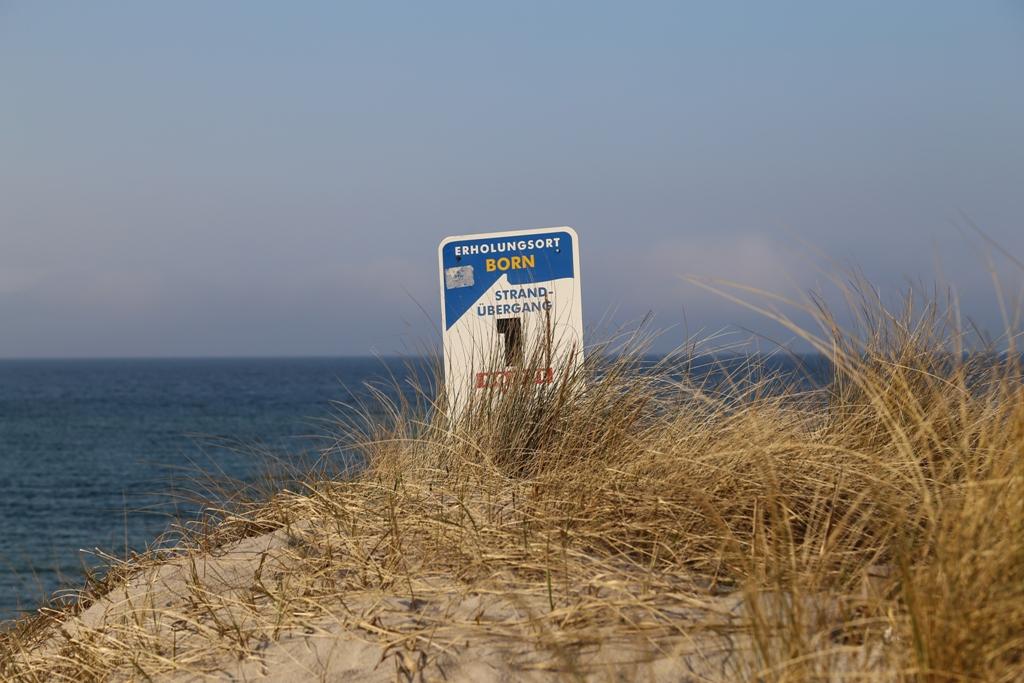 Orientierungsschild der Gemeinde Born am Bodden-Strand